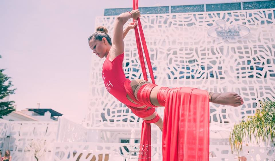 Aerial Silk. BayWatch outfits.